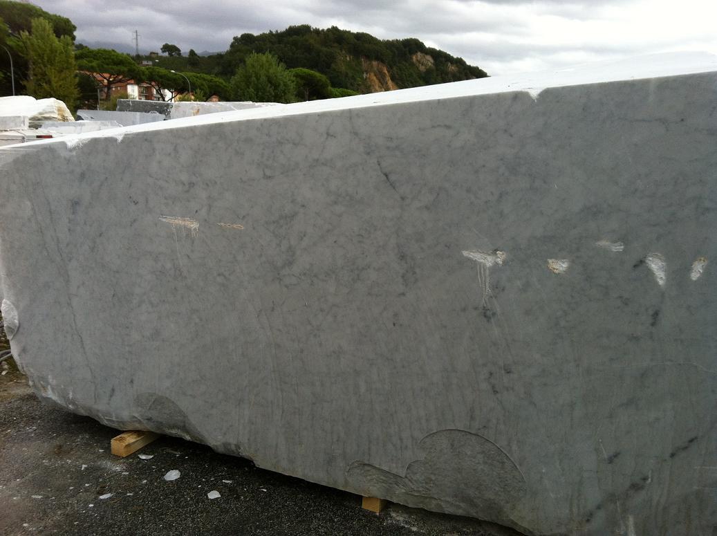Marmo bianco blocchi semiblocchi produzione di marmo - Marmol travertino blanco ...