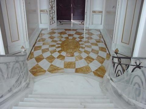 Lavorazione artistica del marmo. Pavimenti con disegni, scale ...